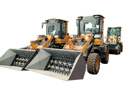 Forklift Tractor Turner for Compost Fertilizer Production