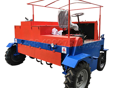 Self-propelled windrow compost turner